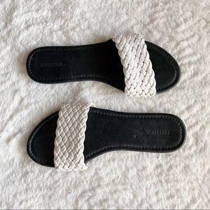 BLACK AND WHITE BRAIDED FOREVER 21 SANDALS